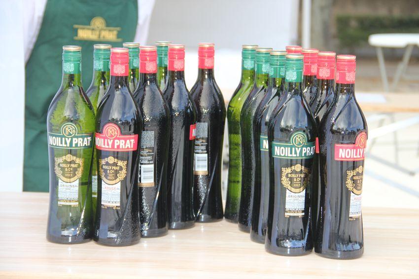 Bouteilles aperitif Noilly Prat